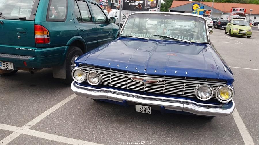 Chevrolet Impala 1961 (front)