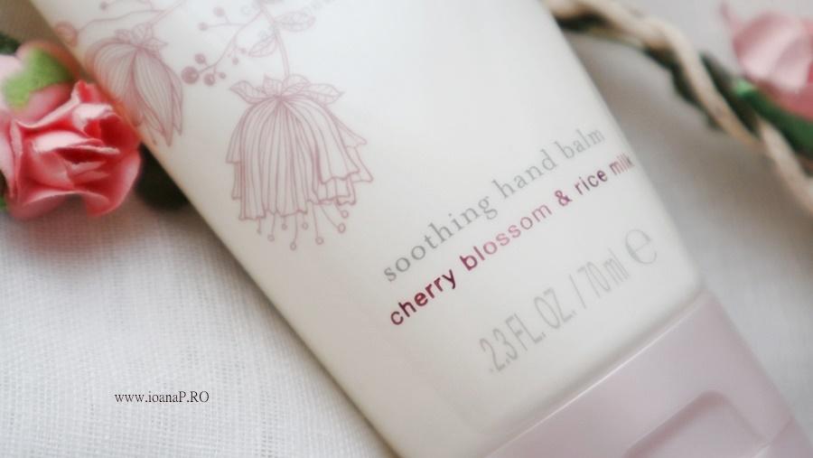 balsam de maini Ritual of Sakura by RITUALS review