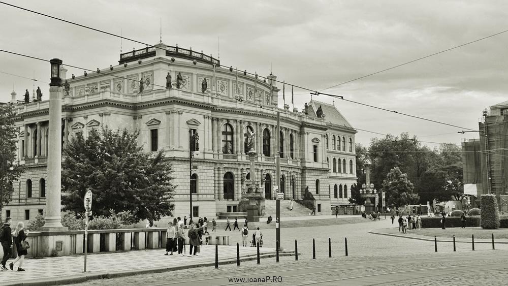 Praga b&w