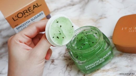 exfoliant facial cu kiwi L'Oreal Paris Smooth Sugars Clear Scrub foto6