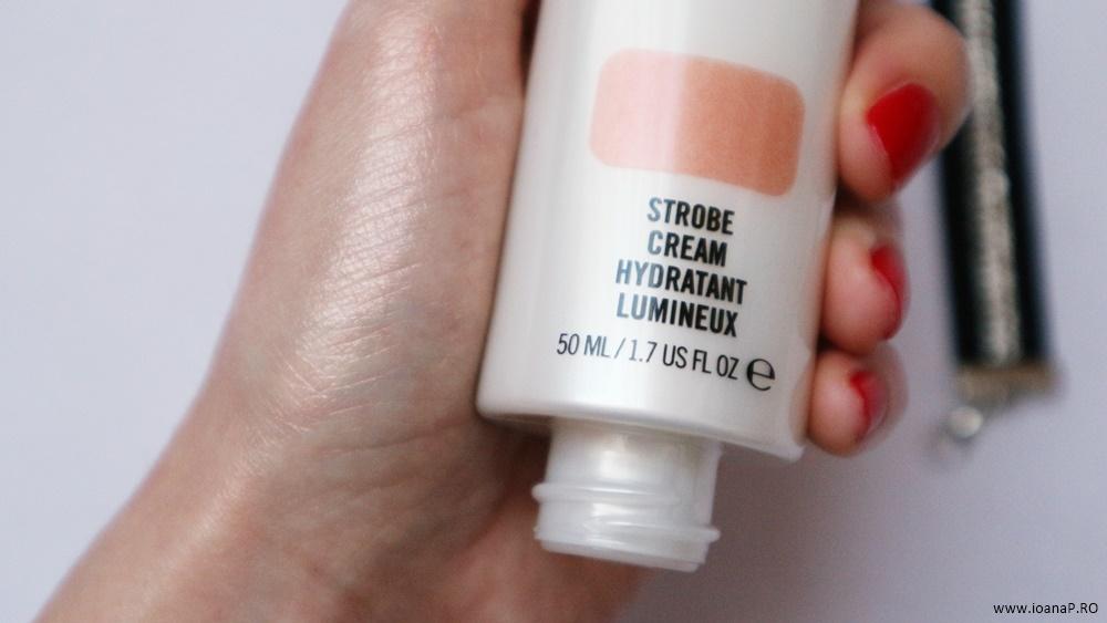 MAC Strobe Cream Peachlite swatch review