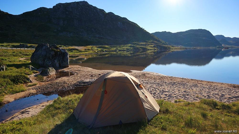 Muntii Scandinaviei Norvegia cu cortul 10