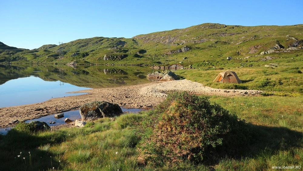 Muntii Scandinaviei Norvegia cu cortul 15