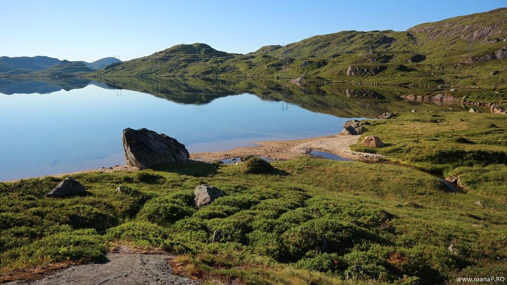 Muntii Scandinaviei Norvegia cu cortul 16